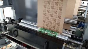 Csomagolástechnika, csomagolástechnológia: műanyag és papír csomagolóanyagok gyártása: Loós Kft. Debrecen